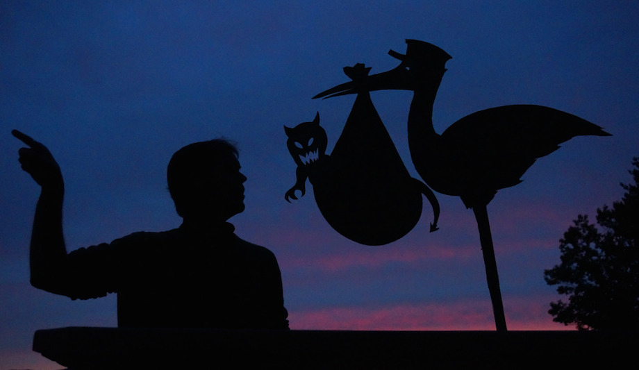 Сцены из картона на закате от Джона Маршалла
