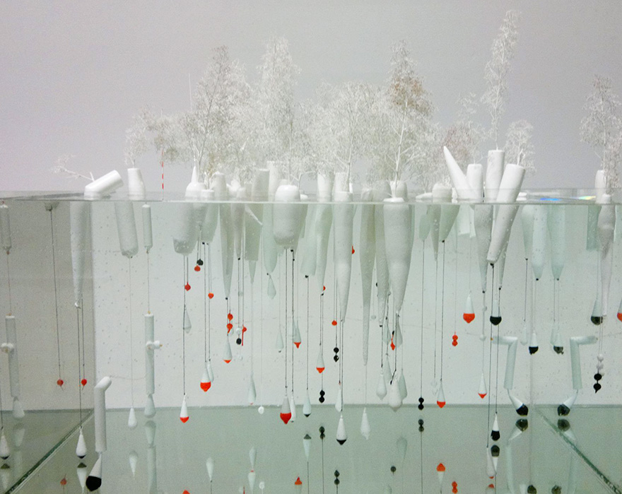 floating-trees-bobbing-mothership-rotterdam-jeroen-everaert-1