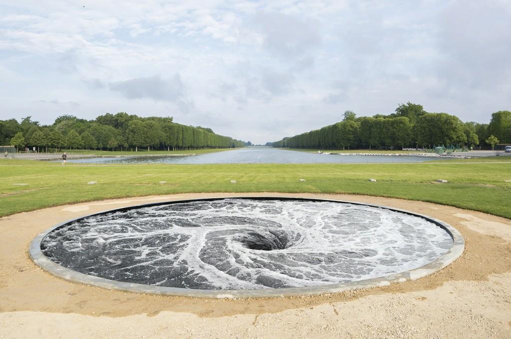 Творения скульптора Аниша Капура (Anish Kapoor).