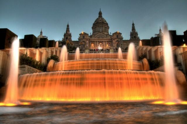 Самые завораживающие фонтаны в мире-16