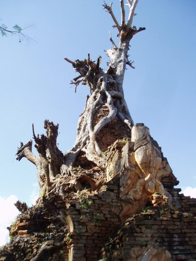Shwe-Indein-Pagoda-10
