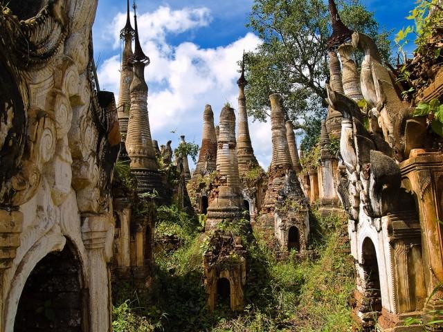Shwe-Indein-Pagoda-4