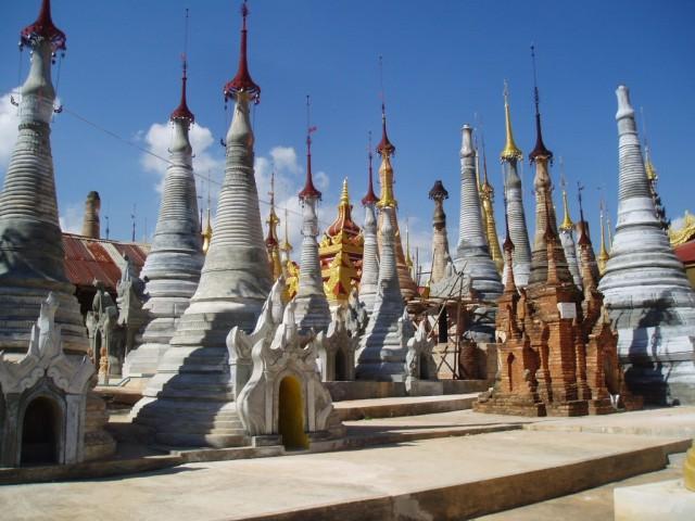 Shwe-Indein-Pagoda-8