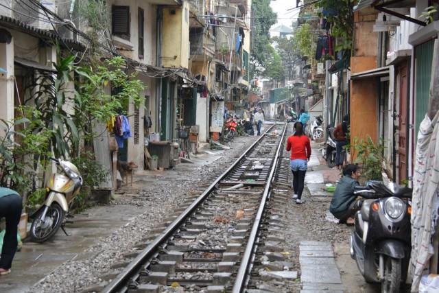 Железная дорога в Ханое.