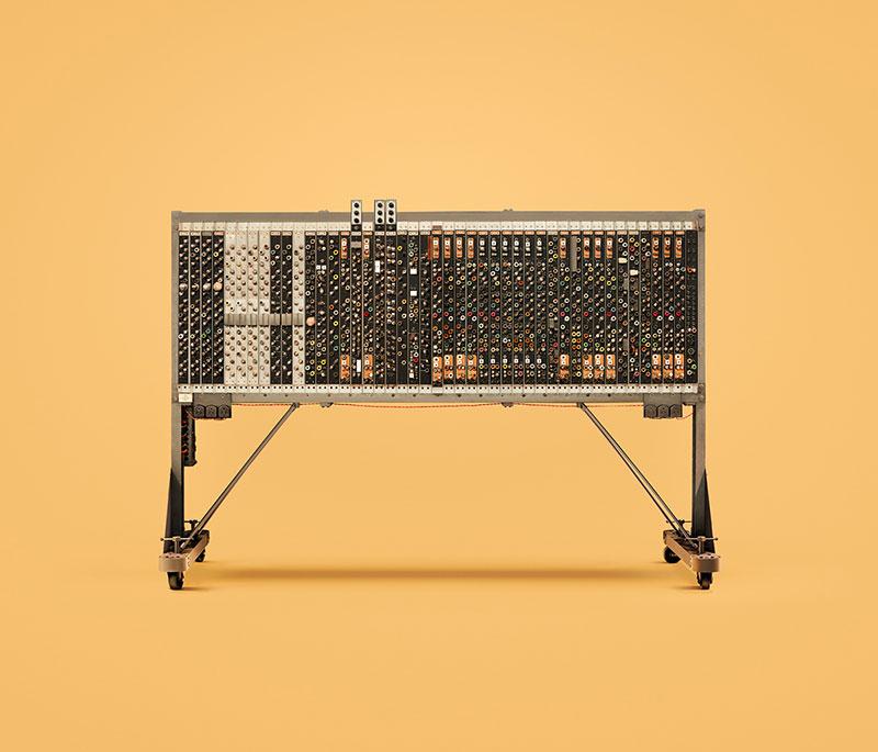 Фотографии старинных компьютеров от INK и Docubyte.