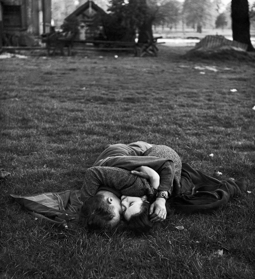 old-photos-vintage-war-love-11