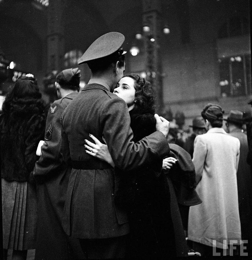 old-photos-vintage-war-love-12