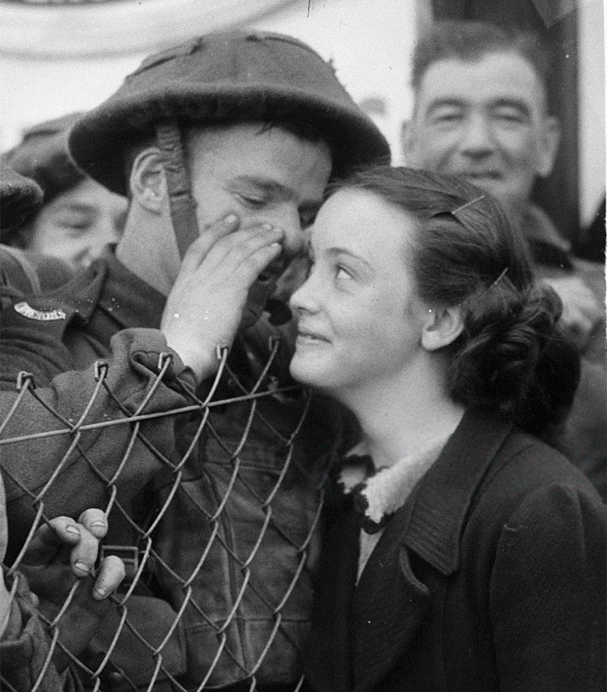 old-photos-vintage-war-love-16