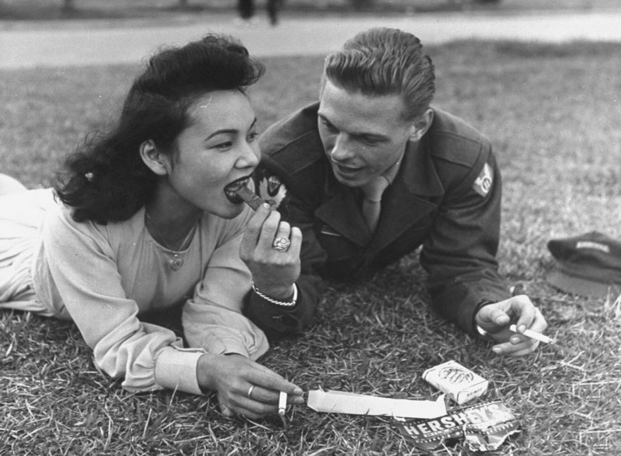 old-photos-vintage-war-love-22