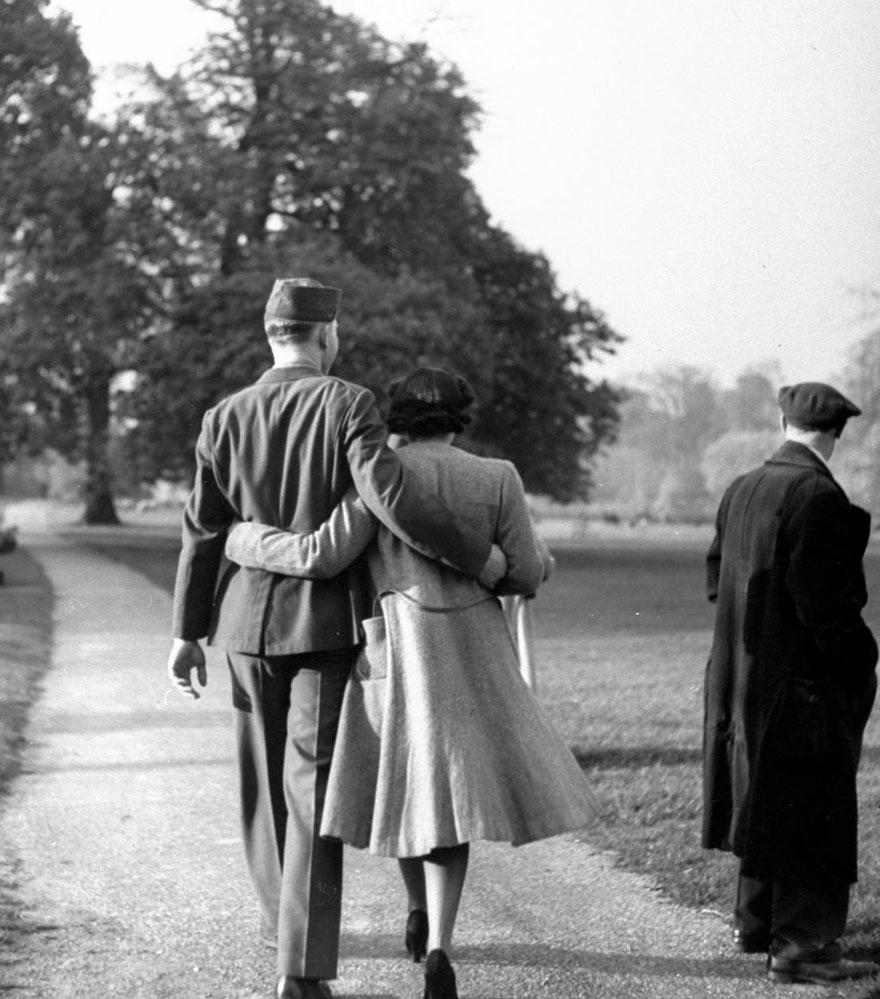 old-photos-vintage-war-love-37