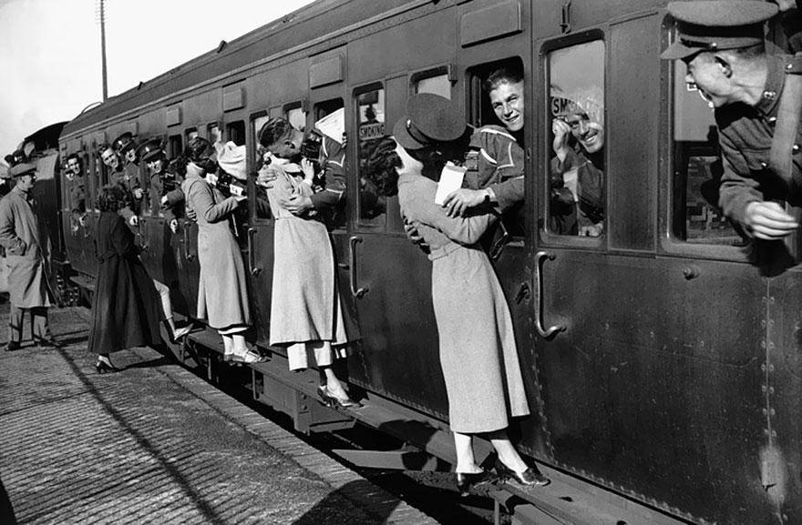 old-photos-vintage-war-love-5