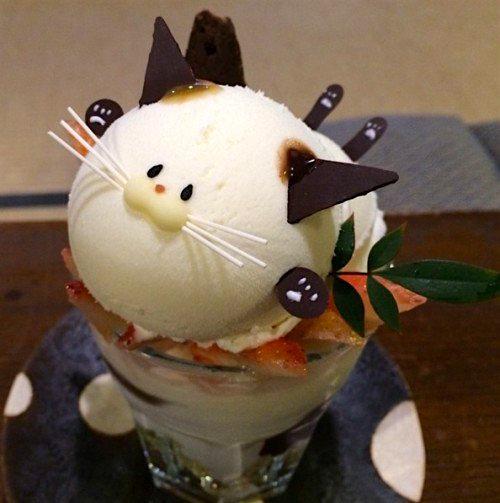 Холодные десерты в японском кафе
