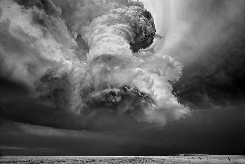 Фотографии ураганов от Митча Добраунера