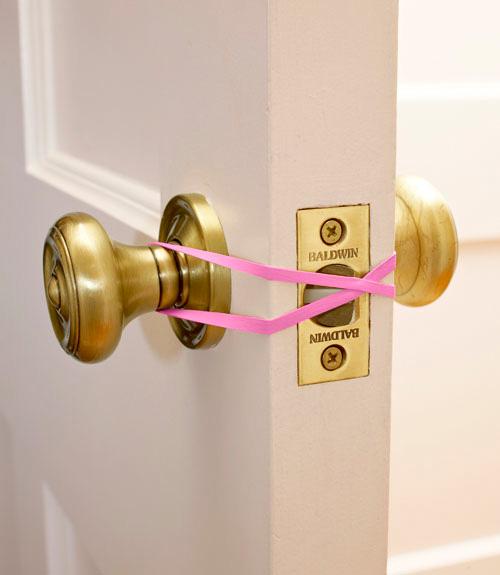 Резинка для защиты от закрытия двери
