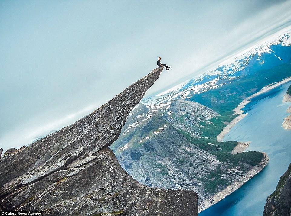 опасное сальто назад на высоте 700 метров