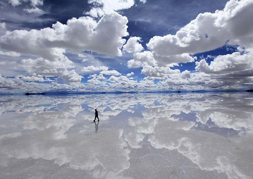 Салар де Уюни,крупнейшая в мире соляная равнина, Боливия