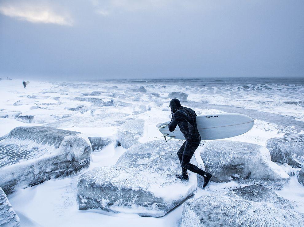 Зимнийсёрфинг в заливе Кука. Аляска, США