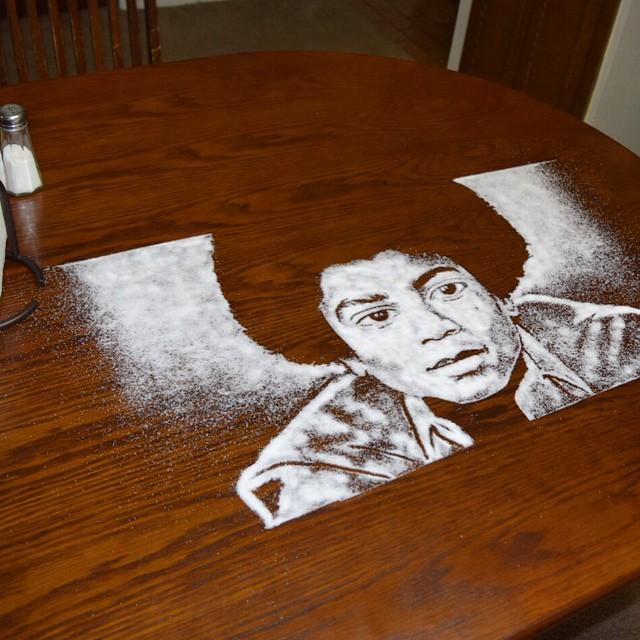 Портрет Майкла Джексона из соли от Роба Феррела