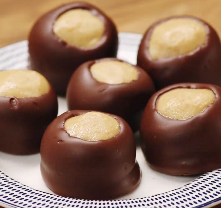 Рецепт кремовых шариков в шоколаде
