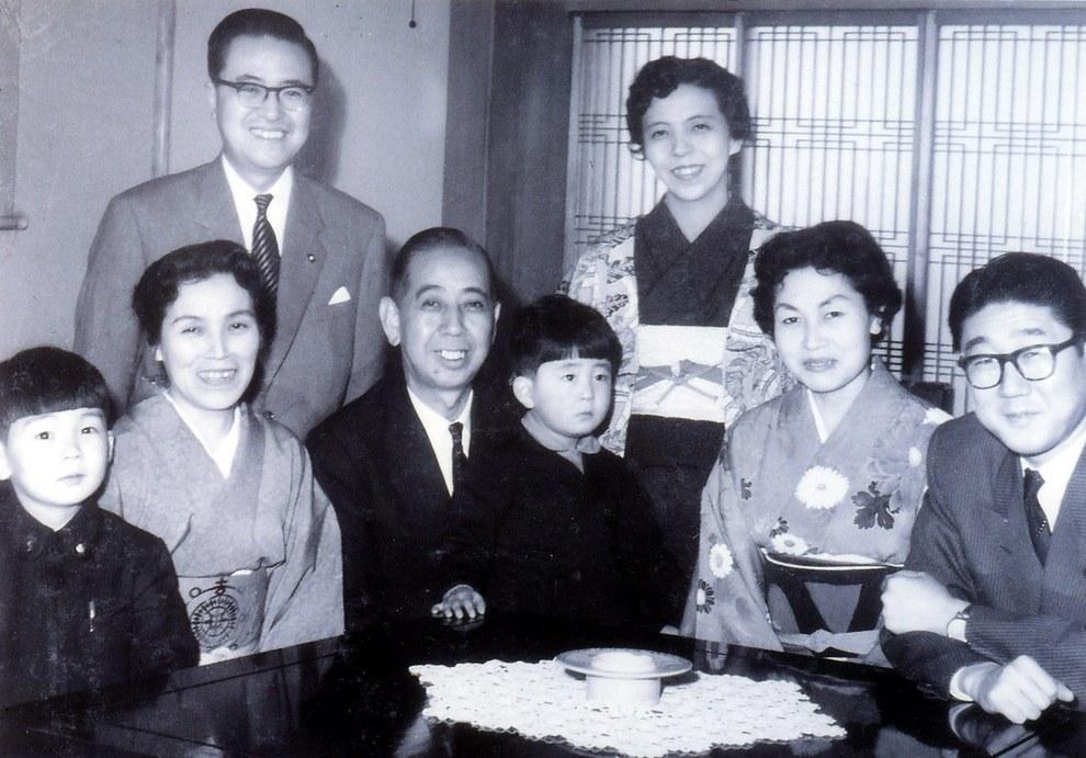 Синдзо Абэ - премьер-министр Японии