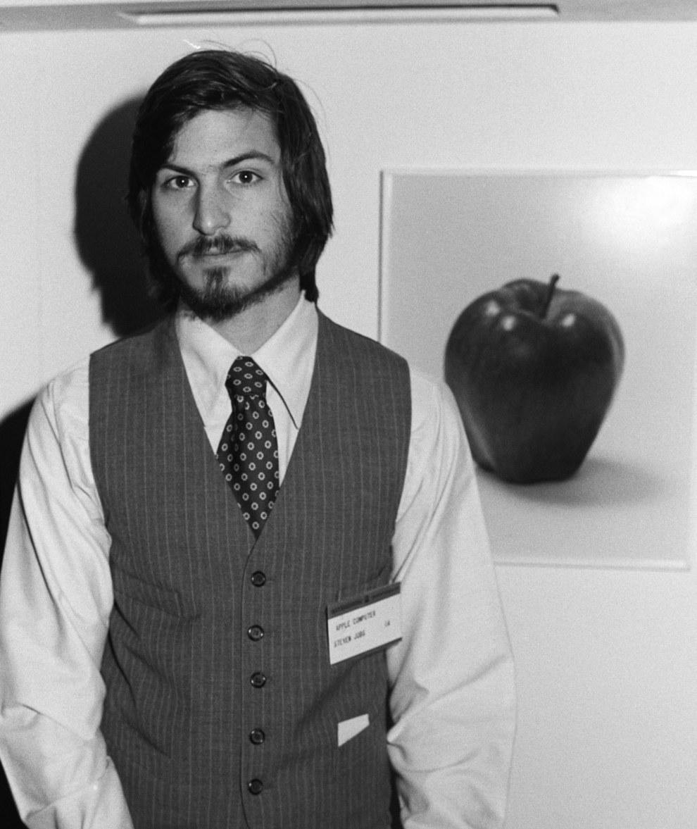 Стив Джобс - соучредитель и бывший генеральный директор компании Apple