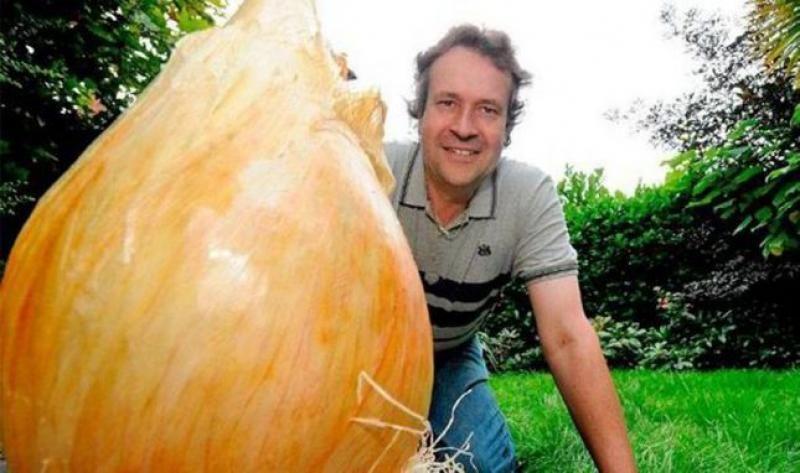 Крупнейший в мире лук - Тони Гловер (Tony Glover)
