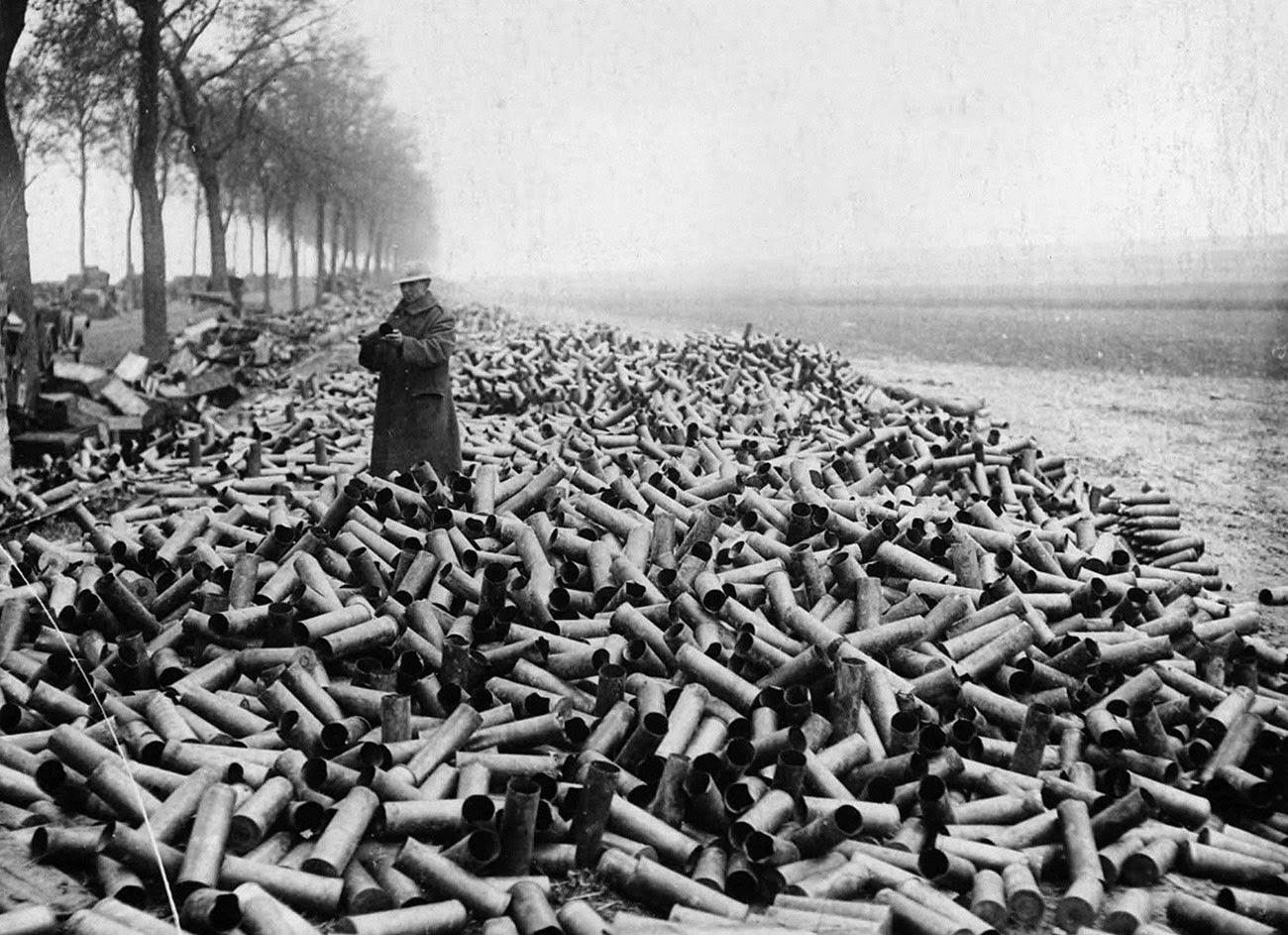 Снаряды из союзнойбомбардировки немецких линий, 1916
