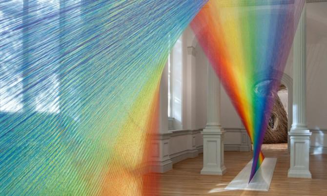 Красочные радужные инсталляции от Габриэля Доу