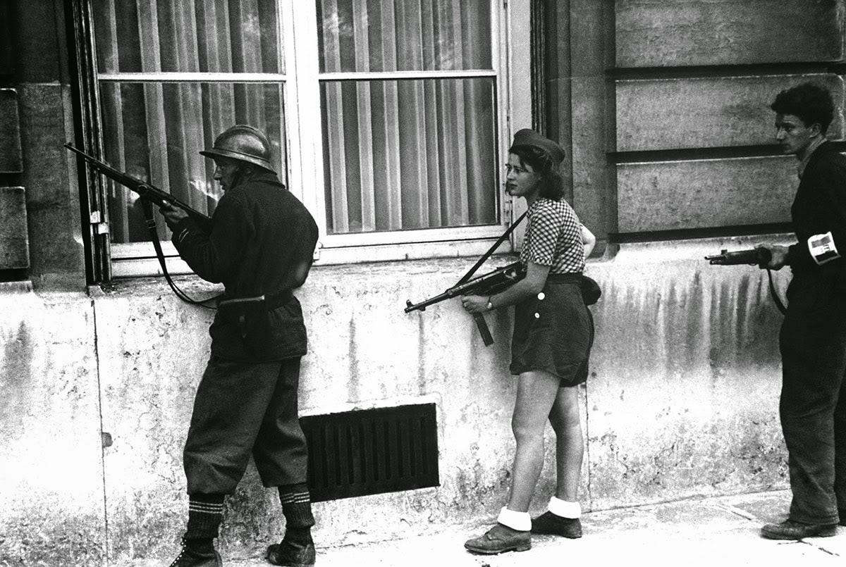 Симоне Сегуэн, 18-летняя боецфранцузскогосопротивления, 1944