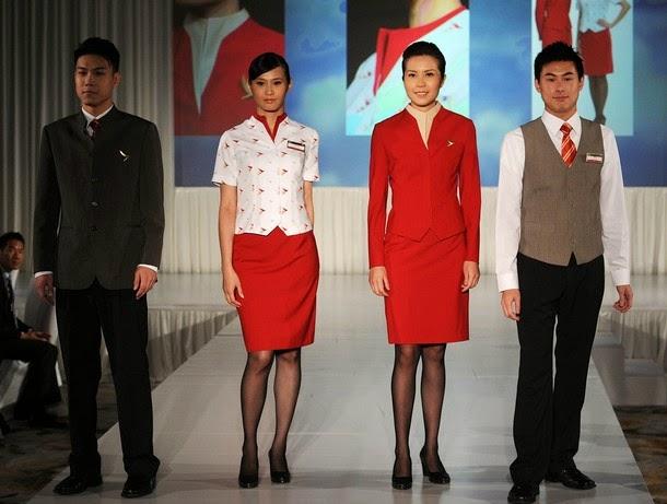 Униформа стюардесс Cathay Pacific