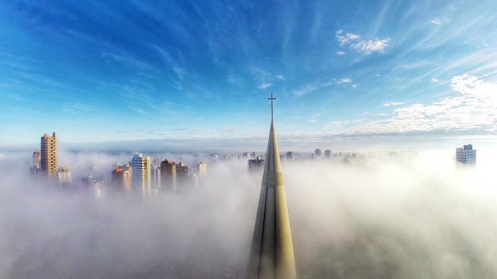 Над туманом, Маринга, Парана, Бразилия