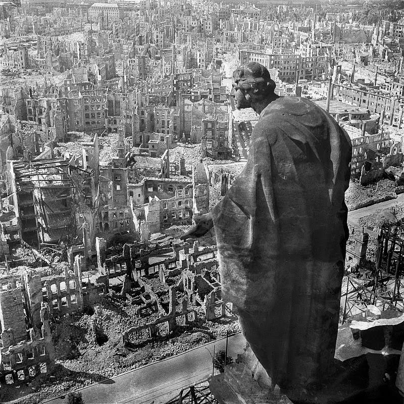 Руины Дрездена, 1945