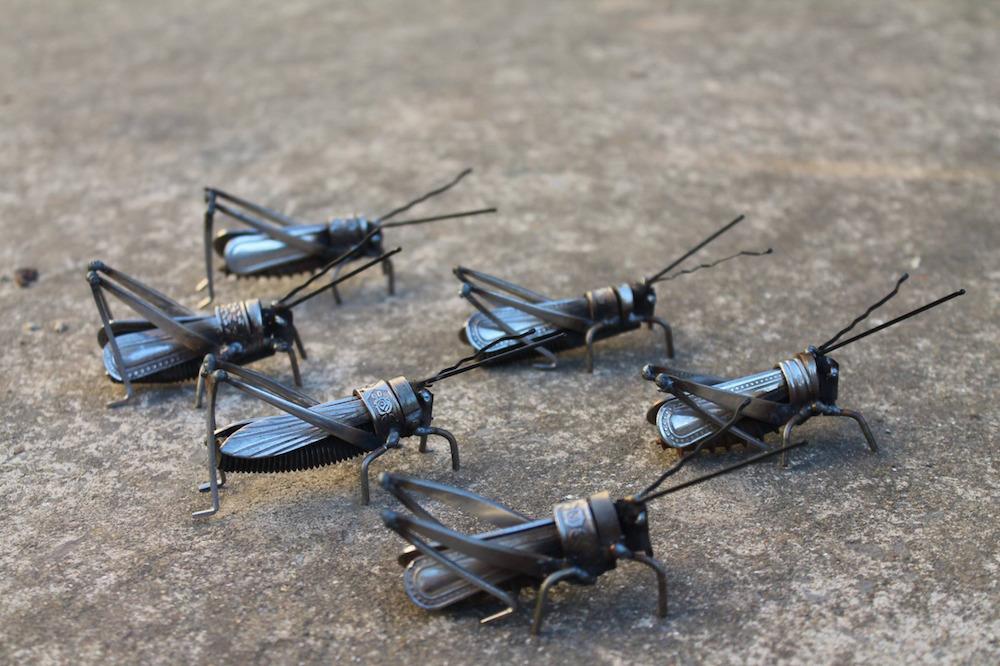 Металлические насекомые от Джона Брауна