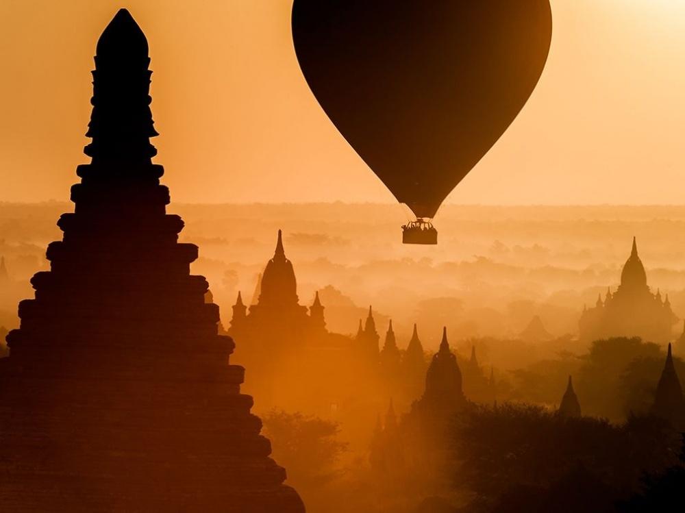 Восход солнца в Королевстве Баган, Мьянма