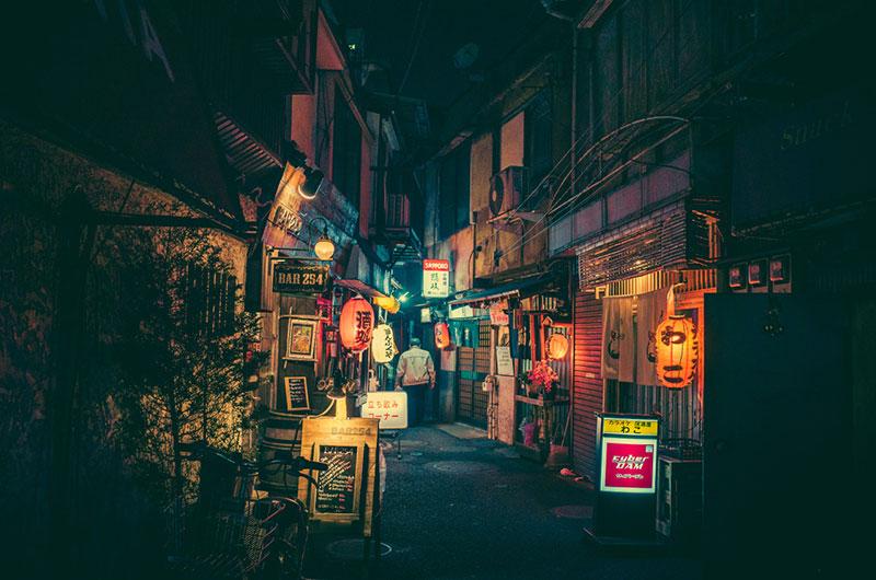 Фотографии токийских переулков от Масаши Вакуи