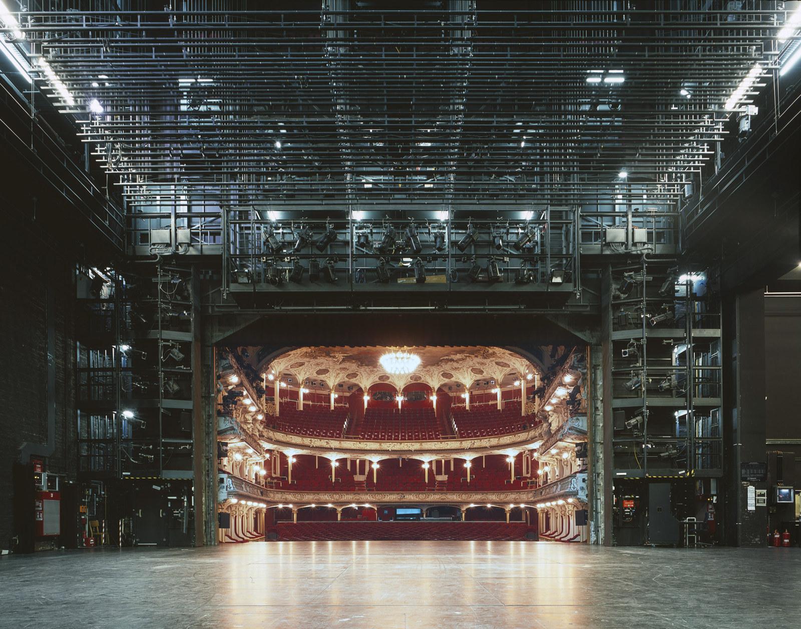 Немецкий драматический театр (Deutsches Schauspielhaus), Гамбург