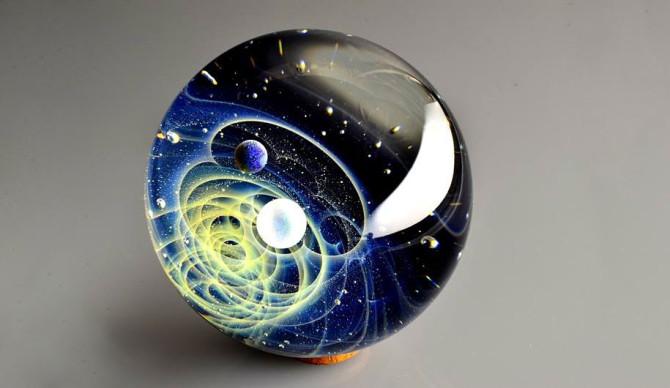 Вселенная в ваших руках! Космические подвески от Сатоши Томизу