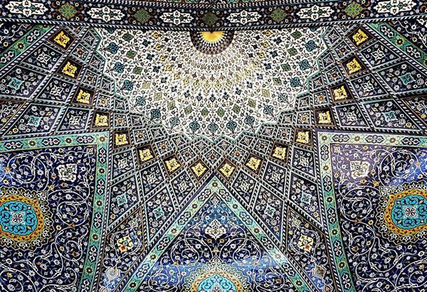 Гипнотическая красота потолков иранских мечетей
