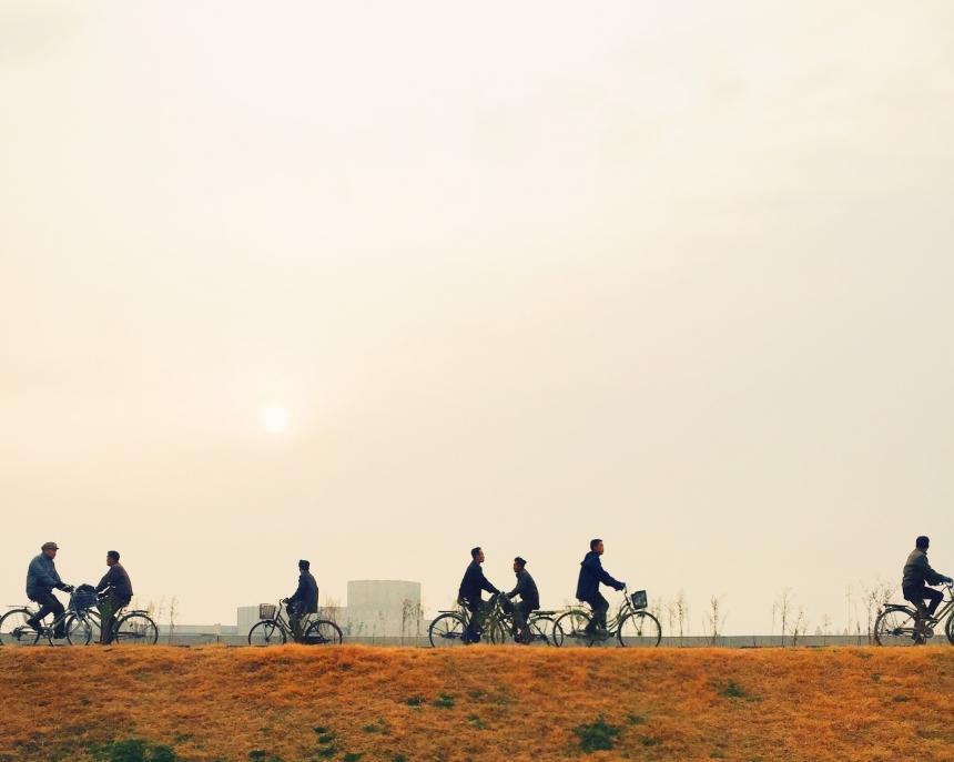 Велосипеды в Северной Корееповсюду. Это основной вид транспорта в стране