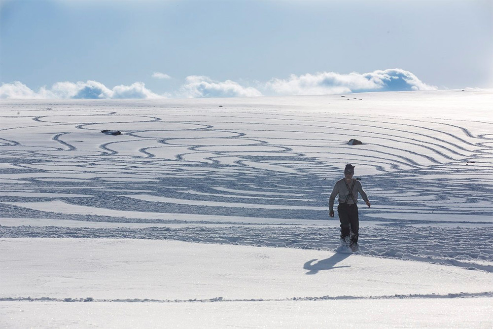 Рисунки на снеге от Саймона Бека (Simon Beck).