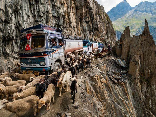 Перевал Зоджи-Ла, Индия
