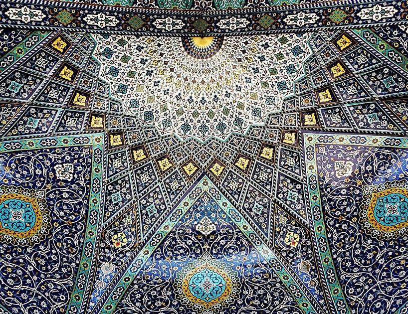 Потолок в мечети Hazrat-Masoumeh,Кум, Иран