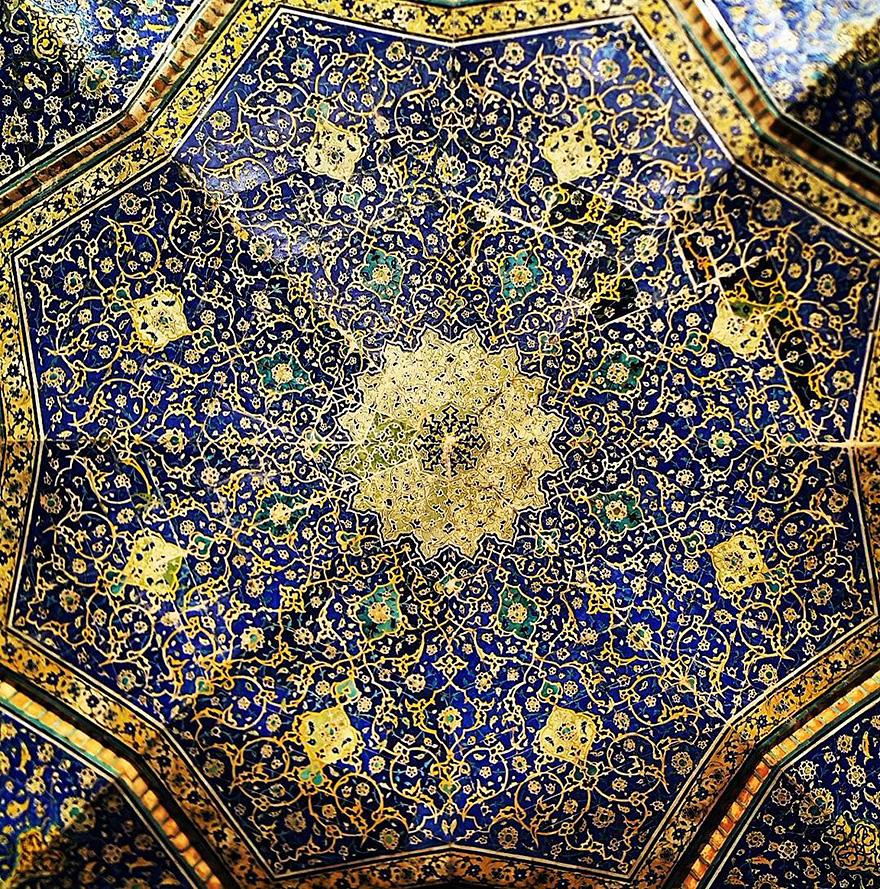 Потолок вмечетиShah,Исфахан, Иран.Возраст:400 лет