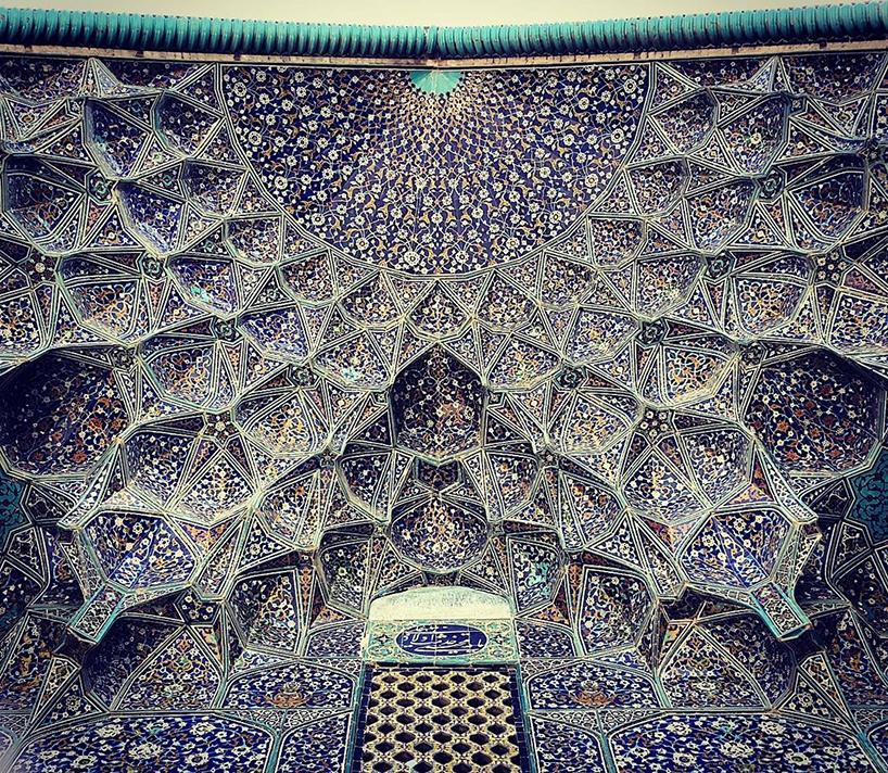 Потолок в мечети Sheikh-Lotfolah,Исфахан, Иран. Возраст:400 лет