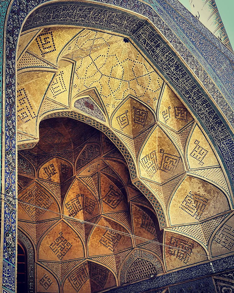 Потолок вмечетиJāmeh,Исфахан, Иран. Возраст: 900 лет