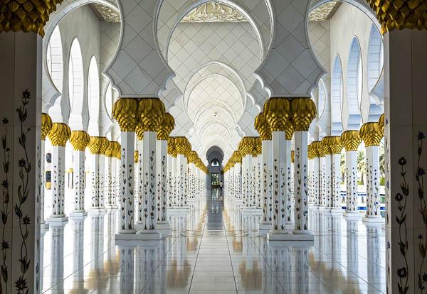 Места поклонения: невероятные фотографии некоторых религиозных зданий