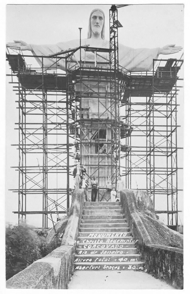 Статуя Христа-Искупителя, Рио-де-Жанейро, Бразилия, 1931