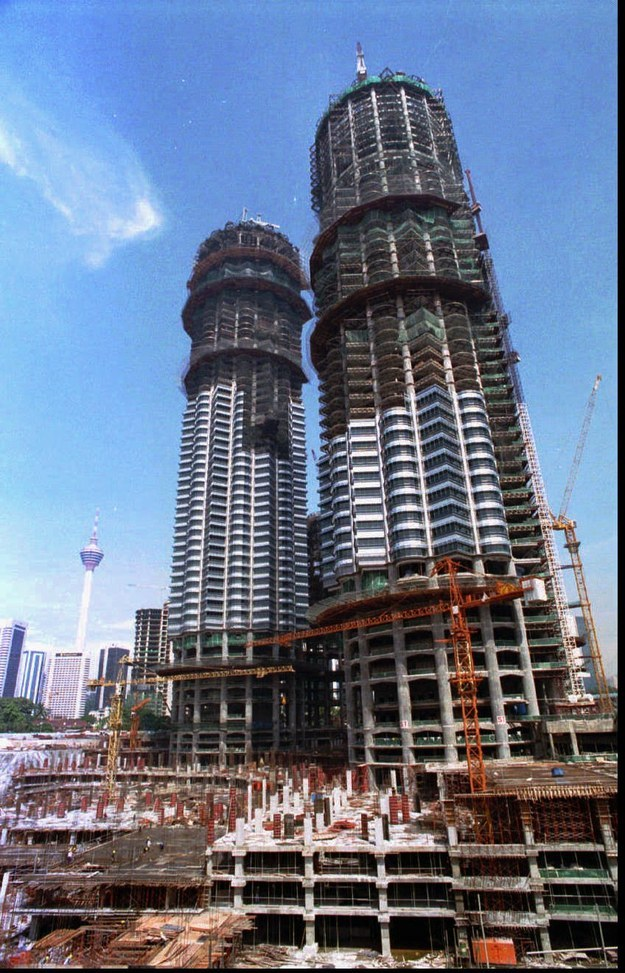 Башни Петронас, Куала-Лумпур, Малайзия, 1995