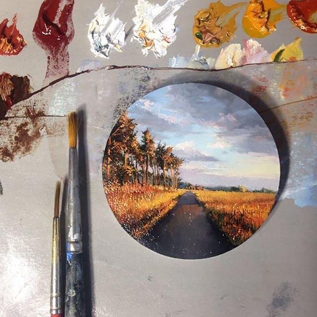 Миниатюрные миры в работах Дины Бродски