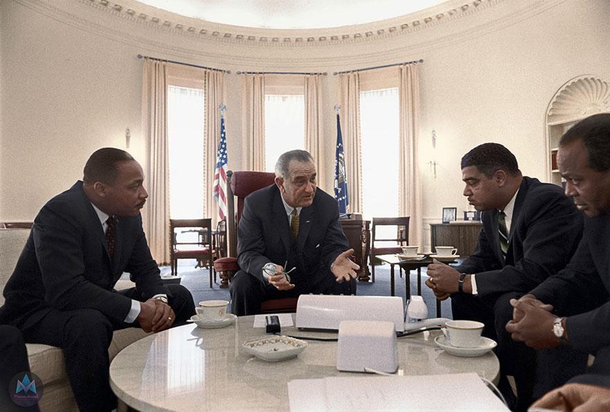 Президент США Джонсон, Мартин Лютер Кинг-младший, Рой Уилкинс, Джеймс Фармер и Уитни Янг в Белом доме, 1966